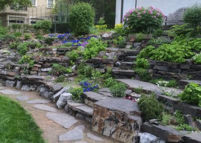 Rundlestone Boulder Garden