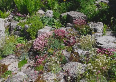 Sandstone and Repurposed Concrete Garden